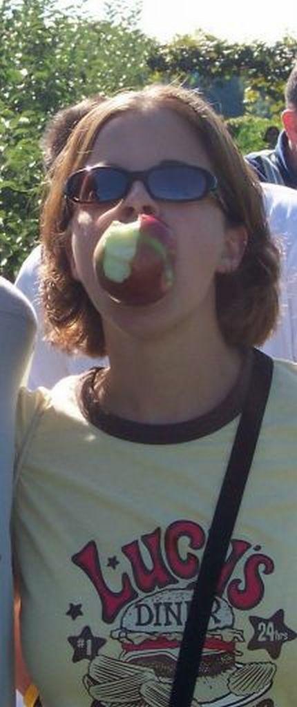 julie apple.jpg